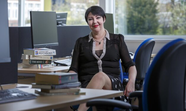 """""""We've put our hearts into this""""- School of Psychology wins gender equality award"""