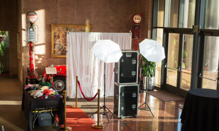 5 Reasons Why You Need A Photo Booth For Your Big Event
