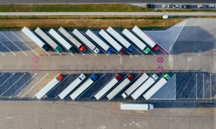 4 Ways GPS Fleet Tracking Can Improve Your Company's Safety