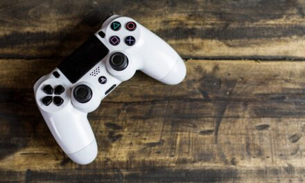 SONY'S PLAYSTATION TO INTEGRATE DISCORD CHAT FOR GAMERS.