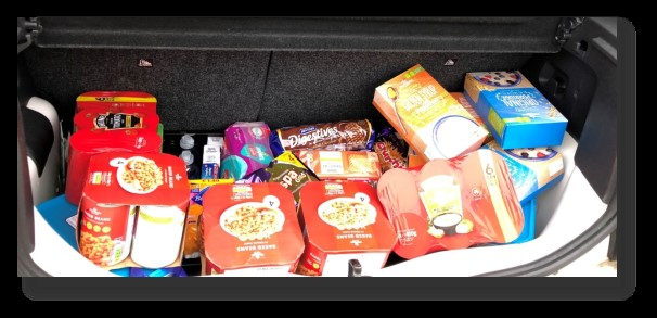 Credit Style show support to local Sheffield foodbank