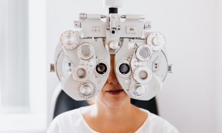 6 Signs You're Way Overdue an Eye Test