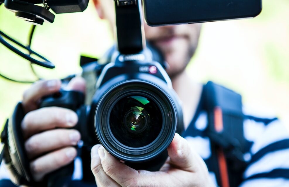 How to Create a Video that Stands Out: 5 Essential Tips