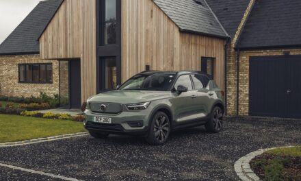 Volvo starts online sales and subscriptions for extended XC40 Recharge pure electric SUV range