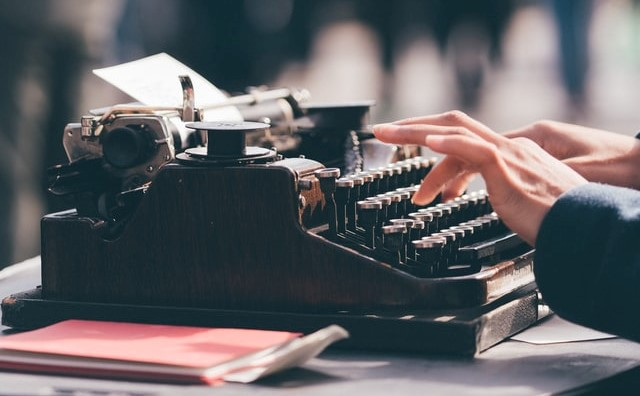 5 Ways to Become a Professional Writer for Students