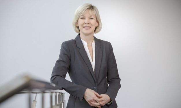 Top honour for Professor who always puts her students first
