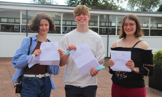 Superb set of results for Richmond's Sixth Form students