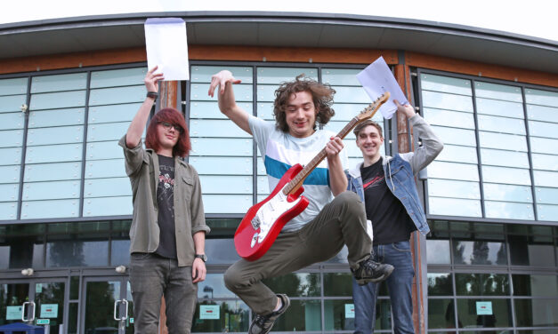 School rocks as students at The King's Academy hit a high