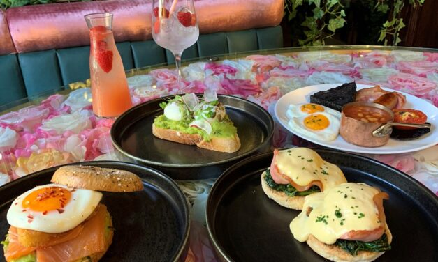 BOTTOMLESS BRUNCH AT TWO TOP CITY VENUES