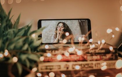 Four Fun Ways To Stay Connected With Long-Distance Friends