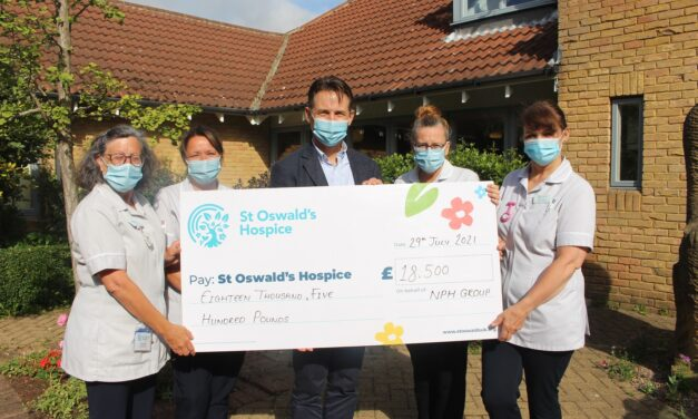 People taking Covid tests raise thousands for North East hospice