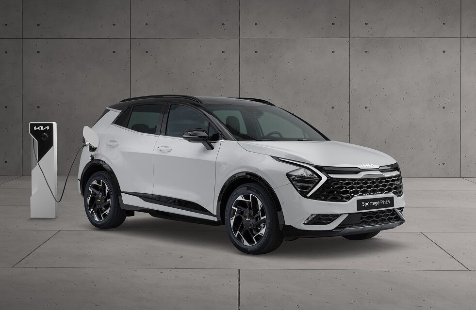 Kia takes centre stage at IAA Mobility with two high-tech electric vehicle debuts