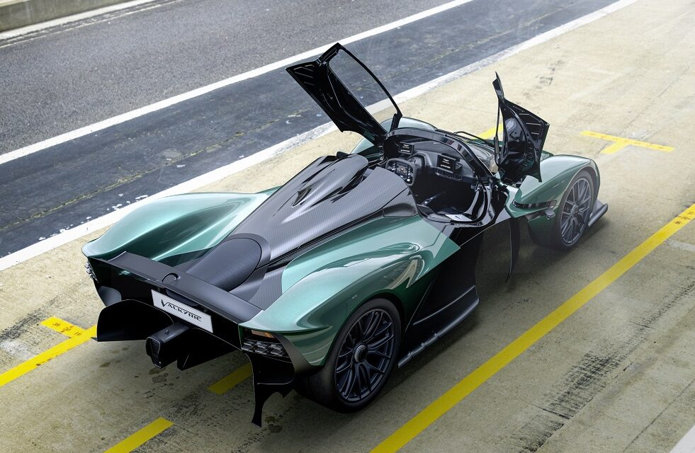 Aston Martin Valkyrie Spider uncovers exhilarating Formula One® experience on the road