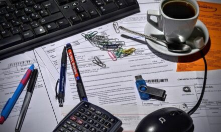 HOW BUILDERS CAN GET PAID QUICKER WITH THESE SIMPLE AND EASY INVOICING TIPS