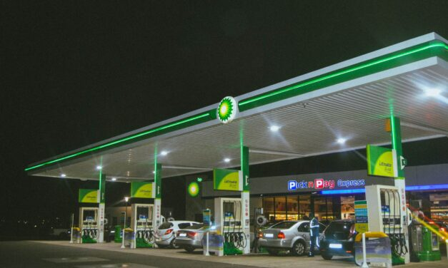 Five ways to make your fuel go further during the fuel supply problems