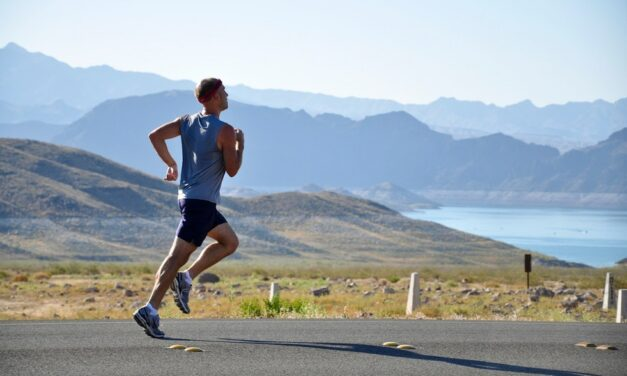 Importance of Moisture Wicking Clothing For Active People