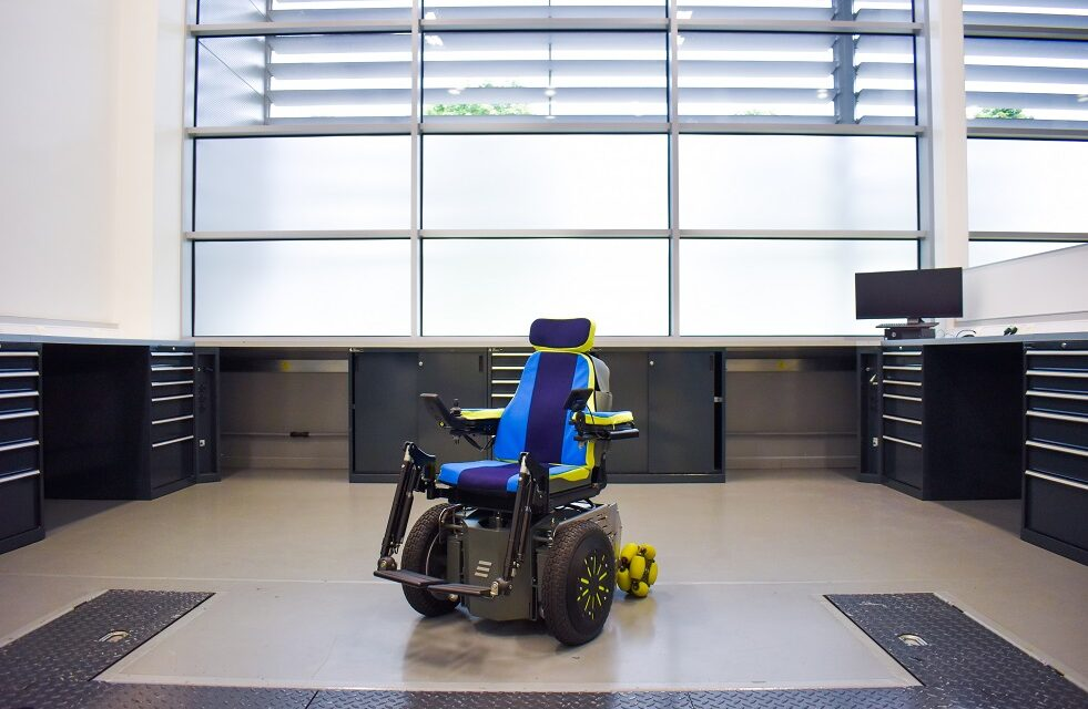Williams Advanced Engineering (WAE) Whizz-Kidz and Frazer-Nash Consultancy join forces on innovative new wheelchair