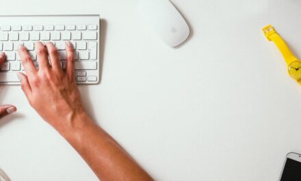 8 Signs That Indicate Your Business Needs Transcription Services